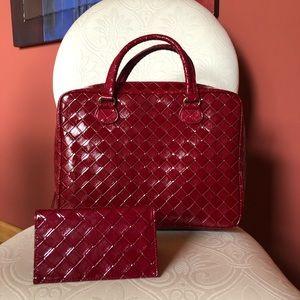 NEW Estée Lauder 2 Pc. Set red cosmetic bag / case